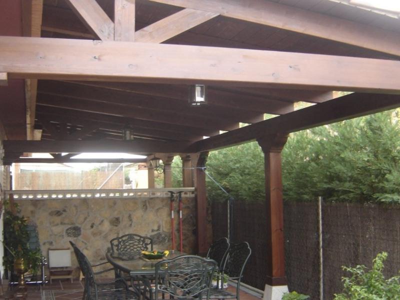 Construcci n de porche en autoclave solado de plaqueta - Fotos de porches rusticos ...